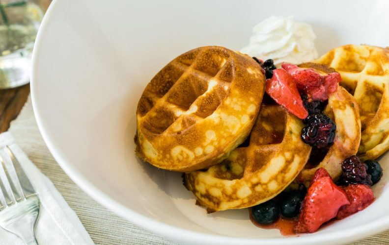 19025Spring_Chicken-Buttermilk_Waffles8498