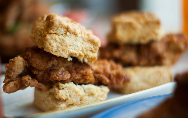 31673Chicken_and_Biscuits
