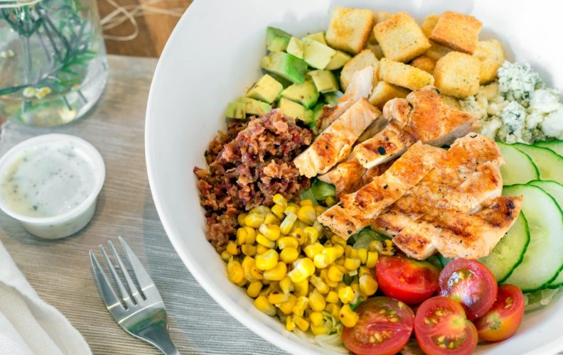 47692Spring_Chicken-Country_Cobb_Salad_w._Grilled_Chicken8517