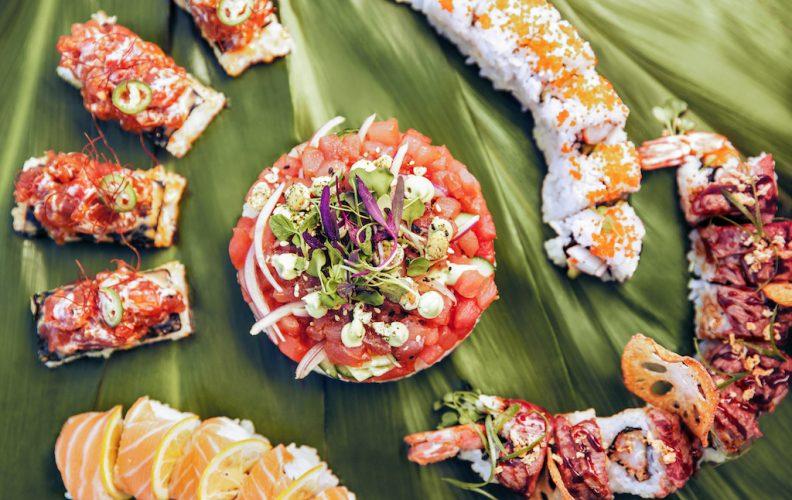 Assorted Sushi_horizontal